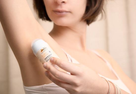 Déodorant pendant la grossesse et l'allaitement : vers quelle formule se tourner ?